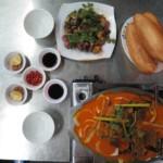 Cà ri dê - kozí curry + moje žabí specialita