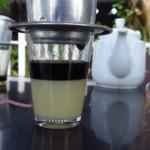Ca Phe Sua den s poctivým množstvím kondenzovaného mléka