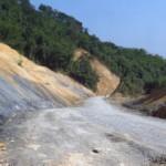 Cesta na hranici s Laosem